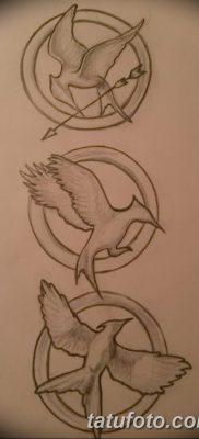 фото тату Сойка пересмешница от 25.09.2017 №041 – Tattoo Hunger Games – tatufoto.com