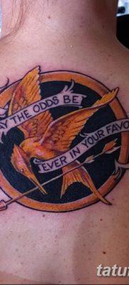 фото тату Сойка пересмешница от 25.09.2017 №042 – Tattoo Hunger Games – tatufoto.com