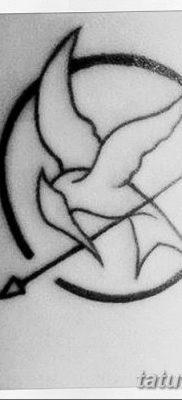 фото тату Сойка пересмешница от 25.09.2017 №048 – Tattoo Hunger Games – tatufoto.com