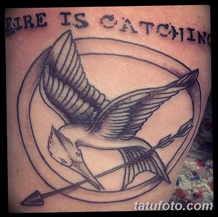 фото тату Сойка пересмешница от 25.09.2017 №061 - Tattoo Hunger Games - tatufoto.com