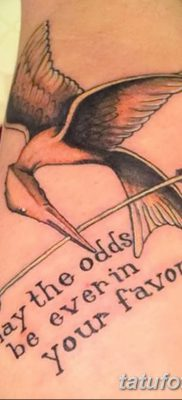 фото тату Сойка пересмешница от 25.09.2017 №065 – Tattoo Hunger Games – tatufoto.com