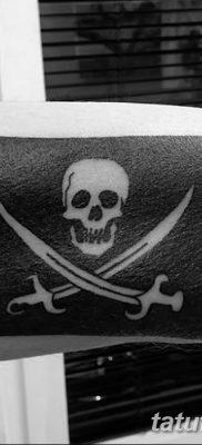 фото тату веселый Роджер от 22.09.2017 №037 – tattoo Jolly Roger – tatufoto.com