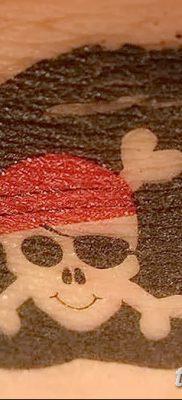 фото тату веселый Роджер от 22.09.2017 №053 – tattoo Jolly Roger – tatufoto.com