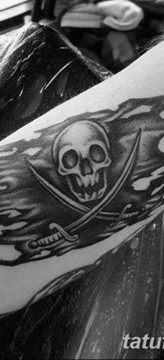 фото тату веселый Роджер от 22.09.2017 №064 – tattoo Jolly Roger – tatufoto.com