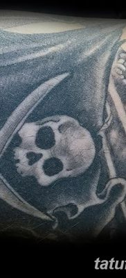 фото тату веселый Роджер от 22.09.2017 №067 – tattoo Jolly Roger – tatufoto.com