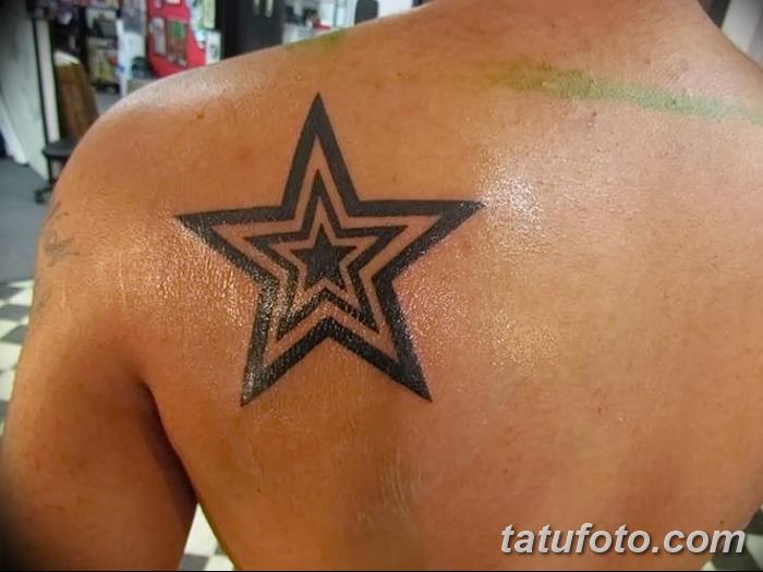 фото тату звезды на плечах от 19.09.2017 №052 - tattoo of a star on the shoul - tatufoto.com