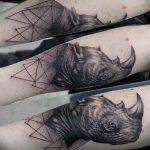 фото тату носорог от 29.09.2017 №006 - rhino tattoo - tatufoto.com