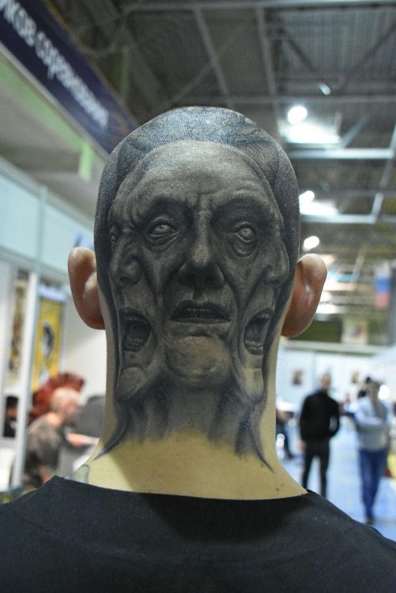 5 самых интересных татуировок гостей фестиваля Татумо - фото 2