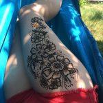 фото Мехенди на ляжке от 25.10.2017 №063 - Mehendi on thigh - tatufoto.com