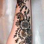 фото Мехенди на предплечье от 28.10.2017 №103 - Mehendi on the forearm - tatufoto.com