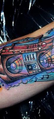 фото татуировка динамик и магнитофон от 11.10.2017 №027 – tattoo speaker – tatufoto.com
