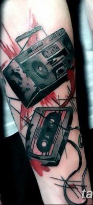 фото татуировка динамик и магнитофон от 11.10.2017 №048 – tattoo speaker – tatufoto.com