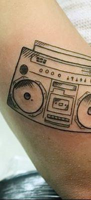 фото татуировка динамик и магнитофон от 11.10.2017 №052 – tattoo speaker – tatufoto.com