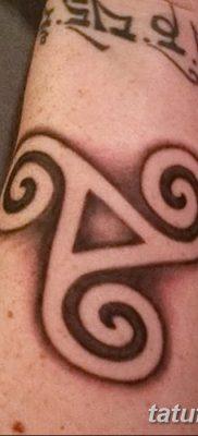 фото татуировка триксель от 23.10.2017 №047 – triksel tattoo – tatufoto.com