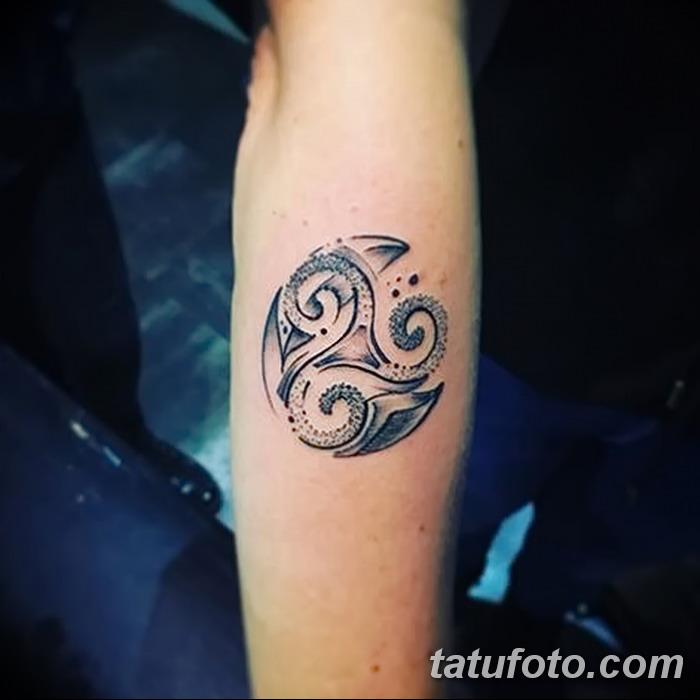 фото татуировка триксель от 23.10.2017 №049 - triksel tattoo - tatufoto.com