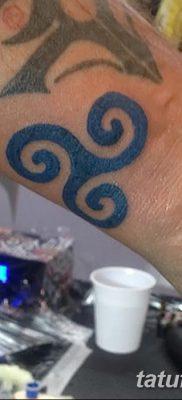 фото татуировка триксель от 23.10.2017 №052 – triksel tattoo – tatufoto.com