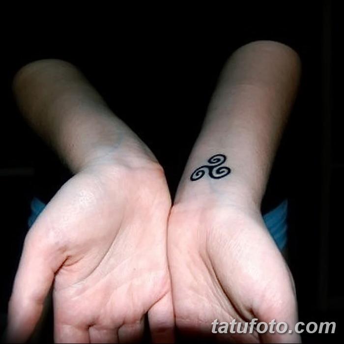 фото татуировка триксель от 23.10.2017 №087 - triksel tattoo - tatufoto.com