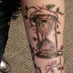фото тату песочные часы от 21.10.2017 №006 - tattoo hourglass - tatufoto.com
