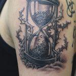 фото тату песочные часы от 21.10.2017 №011 - tattoo hourglass - tatufoto.com