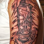 фото тату песочные часы от 21.10.2017 №047 - tattoo hourglass - tatufoto.com