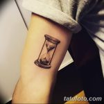 фото тату песочные часы от 21.10.2017 №071 - tattoo hourglass - tatufoto.com