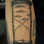 фото тату песочные часы от 21.10.2017 №086 - tattoo hourglass - tatufoto.com