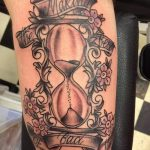 фото тату песочные часы от 21.10.2017 №089 - tattoo hourglass - tatufoto.com