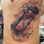 фото тату песочные часы от 21.10.2017 №168 - tattoo hourglass - tatufoto.com