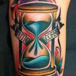 фото тату песочные часы от 21.10.2017 №178 - tattoo hourglass - tatufoto.com