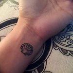 фото тату раковина от 07.10.2017 №144 - tattoo shell - tatufoto.com