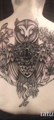 фото тату сова с ключом от 18.10.2017 №044 – owl tattoo with key – tatufoto.com