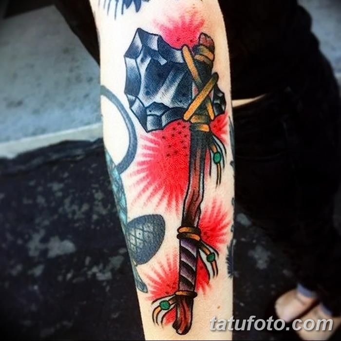 фото тату томагавк от 21.10.2017 №011 - tomahawk tattoo - tatufoto.com