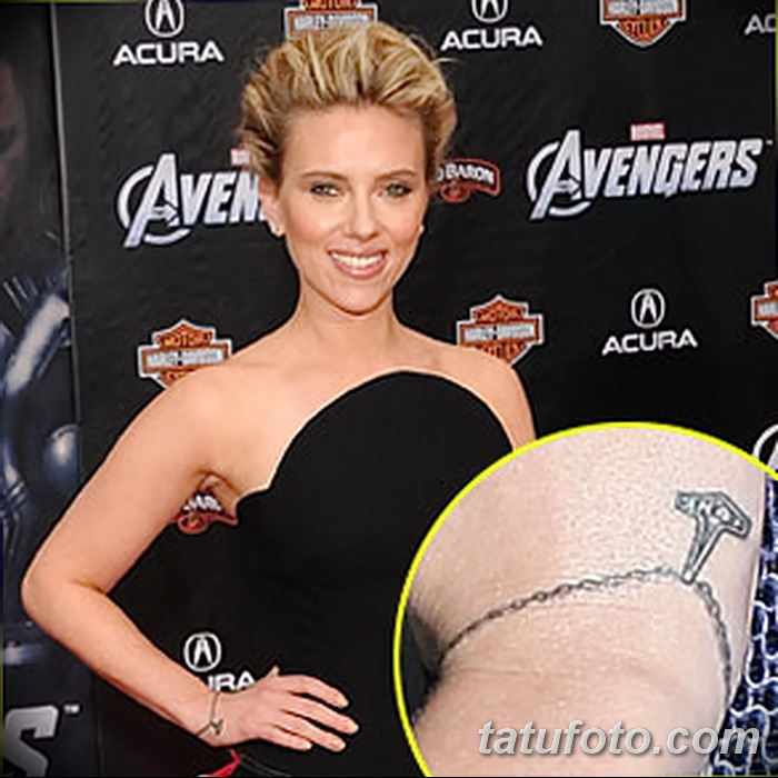фото Тату Скарлетт Йохансон от 10.11.2017 №042 - Scarlett Johansson Tatto - tatufoto.com
