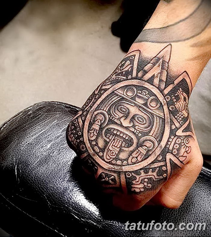 tattoos and their relationship to polynesian Polynesian and maori – polynesian tattoos have their own history only men were allowed to wear them and only due to some occasion in ancient times, every tattoo .