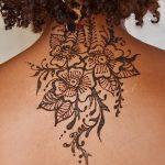 фото Мехенди на спине от 26.12.2017 №042 - Mehendi on the back - tatufoto.com