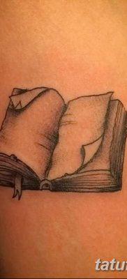 фото тату Книга от 26.12.2017 №002 – tattoo Book – tatufoto.com