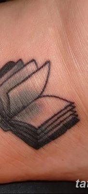 фото тату Книга от 26.12.2017 №003 – tattoo Book – tatufoto.com