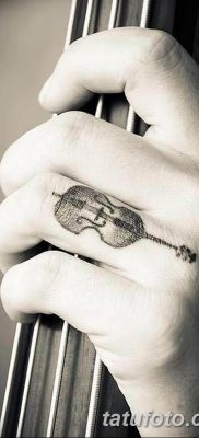 фото тату Скрипка от 26.12.2017 №018 – tattoo Violin – tatufoto.com