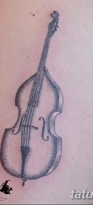 фото тату Скрипка от 26.12.2017 №075 – tattoo Violin – tatufoto.com