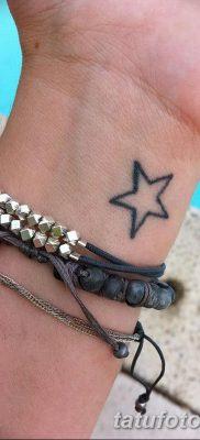 фото тату звездочки на руке от 21.12.2017 №020 – tattoo stars on hand – tatufoto.com