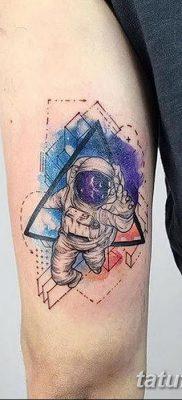 фото тату космонавт от 25.12.2017 №004 – cosmonaut tattoo – tatufoto.com