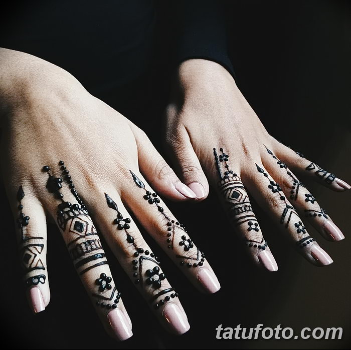 фото Мехенди на пальцах рук от 26.12.2017 №024 - Mehendi on fingers of han - tatufoto.com