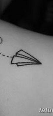 фото тату Бумажный самолетик от 23.01.2018 №004 – tattoo Paper airplane – tatufoto.com