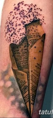 фото тату Бумажный самолетик от 23.01.2018 №007 – tattoo Paper airplane – tatufoto.com