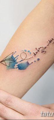 фото тату Бумажный самолетик от 23.01.2018 №033 – tattoo Paper airplane – tatufoto.com