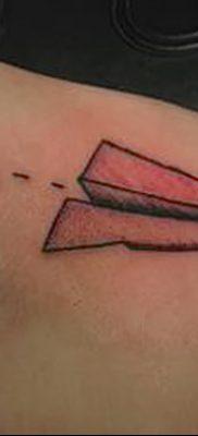 фото тату Бумажный самолетик от 23.01.2018 №070 – tattoo Paper airplane – tatufoto.com