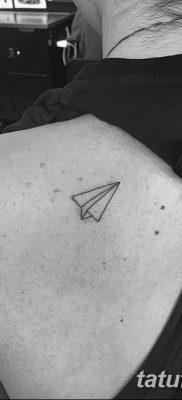 фото тату Бумажный самолетик от 23.01.2018 №085 – tattoo Paper airplane – tatufoto.com