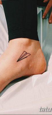 фото тату Бумажный самолетик от 23.01.2018 №091 – tattoo Paper airplane – tatufoto.com