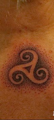 фото тату трискели от 09.01.2018 №019 – triskelion tattoo – tatufoto.com
