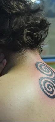 фото тату трискели от 09.01.2018 №034 – triskelion tattoo – tatufoto.com